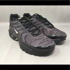Nike Air Max Plus TN Tuned 1 GS Youth Black New NWT